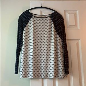 LOFT navy & white printed mixed media top, size M